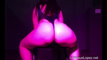 Luscious Lopez expo leotard twerk