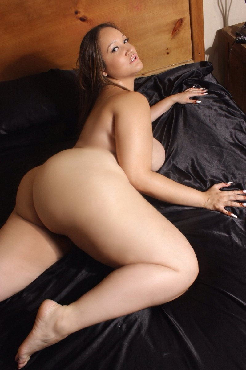Beautiful Naked Thick Girls