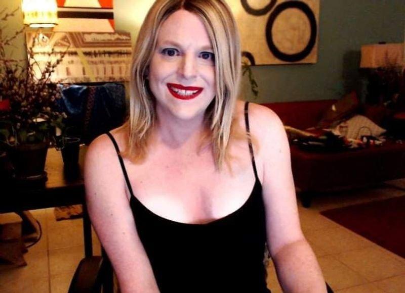 PinkMoth Skype - live web cam show