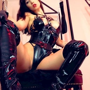 Model - Mistress Terra bigtits