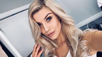 Chloe at SkyPrivate