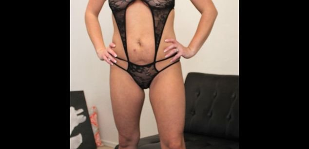 Model - The Hotty Molly shaved
